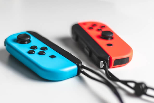 家族でNintendo Switchを楽しむための便利なアクセサリー